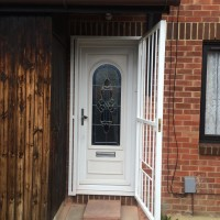 16mm steel bar gate fitted by Alexandra Locksmiths (open)